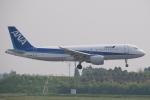 木人さんが、成田国際空港で撮影した全日空 A320-214の航空フォト(写真)