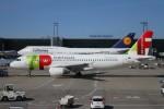 BTYUTAさんが、フランクフルト国際空港で撮影したTAPポルトガル航空 A320-214の航空フォト(写真)