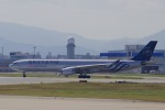 akinarin1989さんが、福岡空港で撮影したチャイナエアライン A330-302の航空フォト(写真)
