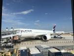 STARALIANCEさんが、パリ シャルル・ド・ゴール国際空港で撮影したラタム・エアラインズ・ブラジル A350の航空フォト(写真)