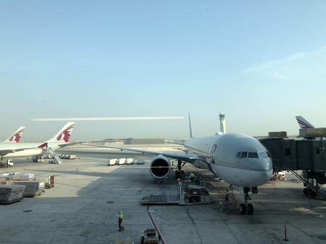 STARALIANCEさんが、ドーハ国際空港で撮影したカタール航空 777-300の航空フォト(飛行機 写真・画像)