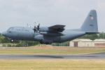 Tomo-Papaさんが、フェアフォード空軍基地で撮影したポーランド空軍 C-130E Herculesの航空フォト(写真)