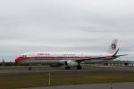 ATOMさんが、新千歳空港で撮影した中国東方航空 A321-231の航空フォト(飛行機 写真・画像)