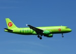 garrettさんが、成田国際空港で撮影したS7航空 A320-214の航空フォト(写真)