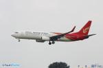 YuukiToonoさんが、青島流亭国際空港で撮影した昆明航空 737-87Lの航空フォト(写真)