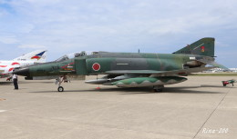 RINA-281さんが、小松空港で撮影した航空自衛隊 RF-4EJ Phantom IIの航空フォト(飛行機 写真・画像)