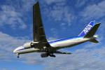 よしぱるさんが、伊丹空港で撮影した全日空 777-281の航空フォト(写真)