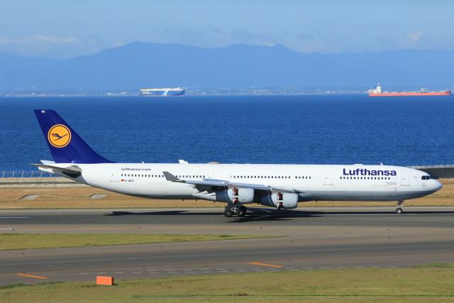 航空フォト:D-AIFC ルフトハンザドイツ航空 A340-300