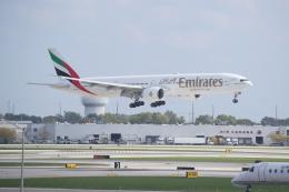 JA1118Dさんが、オヘア国際空港で撮影したエミレーツ航空 777-31H/ERの航空フォト(飛行機 写真・画像)
