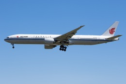 soranchuさんが、北京首都国際空港で撮影した中国国際航空 777-39L/ERの航空フォト(飛行機 写真・画像)