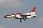 382kossyさんが、入間飛行場で撮影した航空自衛隊 T-4の航空フォト(飛行機 写真・画像)