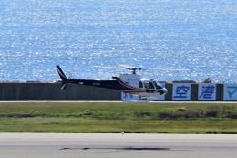 T.Sazenさんが、神戸空港で撮影したエアバス・ヘリコプターズ・ジャパン AS350B3 Ecureuilの航空フォト(飛行機 写真・画像)