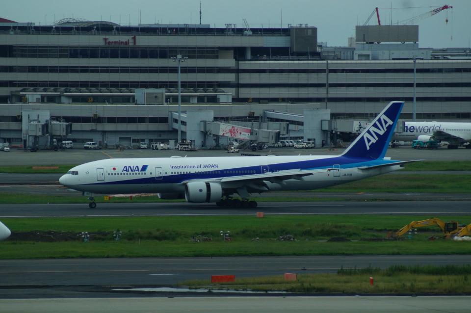 FRTさんの全日空 Boeing 777-200 (JA717A) 航空フォト