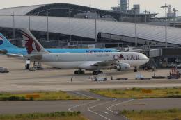 ぷぅぷぅまるさんが、関西国際空港で撮影したカタール航空 A330-202の航空フォト(飛行機 写真・画像)