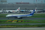 FRTさんが、羽田空港で撮影した全日空 767-381/ERの航空フォト(写真)