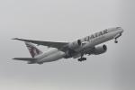シュウさんが、成田国際空港で撮影したカタール航空カーゴ 777-FDZの航空フォト(写真)
