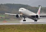 GOQさんが、函館空港で撮影した日本航空 767-346/ERの航空フォト(写真)