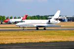 まいけるさんが、ファンボロー空港で撮影したネットジェット・インターナショナル Falcon 2000EXの航空フォト(写真)