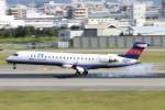 青春の1ページさんが、伊丹空港で撮影したアイベックスエアラインズ CL-600-2C10 Regional Jet CRJ-702の航空フォト(写真)