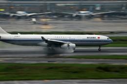 恵二さんが、羽田空港で撮影した中国国際航空 A330-343Xの航空フォト(飛行機 写真・画像)