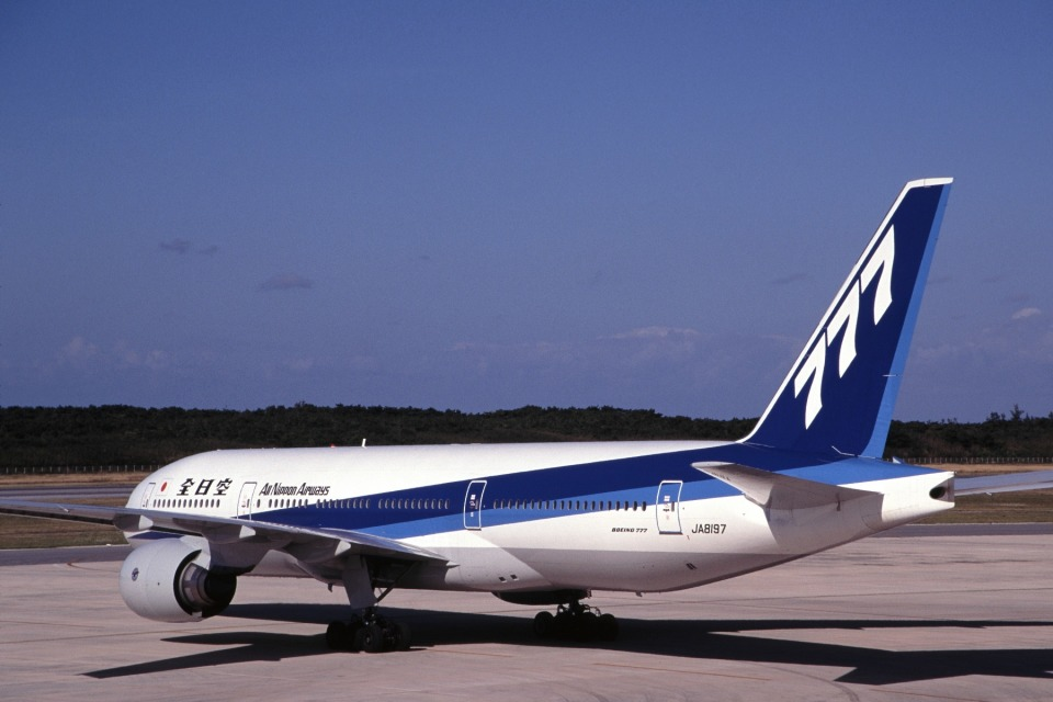 LEVEL789さんの全日空 Boeing 777-200 (JA8197) 航空フォト