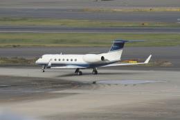 空旅さんが、羽田空港で撮影したイギリス個人所有 G500/G550 (G-V)の航空フォト(飛行機 写真・画像)