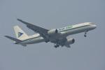 Kilo Indiaさんが、チャトラパティー・シヴァージー国際空港で撮影したブルー・ダート・アビエーション 757-23N(PCF)の航空フォト(写真)