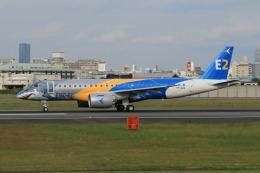 takapiroさんが、伊丹空港で撮影したエンブラエル ERJ-190-300 STD (E190-E2)の航空フォト(飛行機 写真・画像)