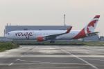 ぽんさんが、関西国際空港で撮影したエア・カナダ・ルージュ 767-333/ERの航空フォト(写真)