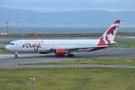Tango-4さんが、関西国際空港で撮影したエア・カナダ・ルージュ 767-375/ERの航空フォト(写真)