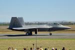 ちゃぽんさんが、アバロン空港で撮影したアメリカ空軍 F-22A-35-LM Raptorの航空フォト(写真)
