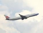 garrettさんが、香港国際空港で撮影したチャイナエアライン A330-302の航空フォト(写真)