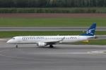 BTYUTAさんが、ウィーン国際空港で撮影したモンテネグロ航空 ERJ-190-200 LR (ERJ-195LR)の航空フォト(写真)
