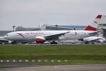 さくらの城南山。さんが、成田国際空港で撮影したオーストリア航空 777-2B8/ERの航空フォト(飛行機 写真・画像)