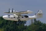 ちゃぽんさんが、ジュコーフスキー空港で撮影したアメリカ海軍 PBY-5A Catalinaの航空フォト(飛行機 写真・画像)