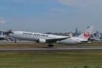 hideohさんが、伊丹空港で撮影した日本航空 767-346/ERの航空フォト(写真)
