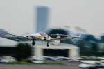NCT310さんが、調布飛行場で撮影した日本法人所有 DA42 TwinStarの航空フォト(写真)