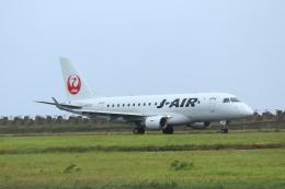 ヨウダーさんが、徳之島空港で撮影したジェイエア ERJ-170-100 (ERJ-170STD)の航空フォト(飛行機 写真・画像)
