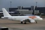 しゅう3さんが、パリ シャルル・ド・ゴール国際空港で撮影したイージージェット A319-111の航空フォト(写真)
