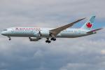 Tomo-Papaさんが、ロンドン・ヒースロー空港で撮影したエア・カナダ 787-9の航空フォト(写真)