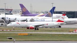 誘喜さんが、ロンドン・ヒースロー空港で撮影したオーストリア航空 A321-111の航空フォト(飛行機 写真・画像)