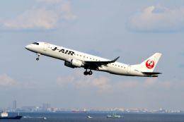 まいけるさんが、羽田空港で撮影したジェイ・エア ERJ-190-100(ERJ-190STD)の航空フォト(写真)