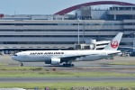 Dojalanaさんが、羽田空港で撮影した日本航空 777-246の航空フォト(飛行機 写真・画像)