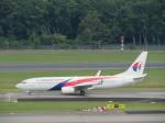 くろぼしさんが、シンガポール・チャンギ国際空港で撮影したマレーシア航空 737-8H6の航空フォト(写真)