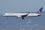 sumihan_2010さんが、サンフランシスコ国際空港で撮影したユナイテッド航空 757-224の航空フォト(写真)