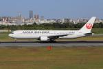 sumihan_2010さんが、伊丹空港で撮影した日本航空 767-346/ERの航空フォト(写真)