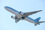 水月さんが、関西国際空港で撮影した大韓航空 777-2B5/ERの航空フォト(写真)