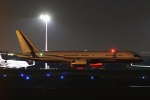 VIPERさんが、羽田空港で撮影したユカピア 757-2J4の航空フォト(写真)