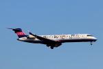 funi9280さんが、新千歳空港で撮影したアイベックスエアラインズ CL-600-2C10 Regional Jet CRJ-702ERの航空フォト(飛行機 写真・画像)