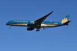 Timothyさんが、成田国際空港で撮影したベトナム航空 A350-941XWBの航空フォト(写真)